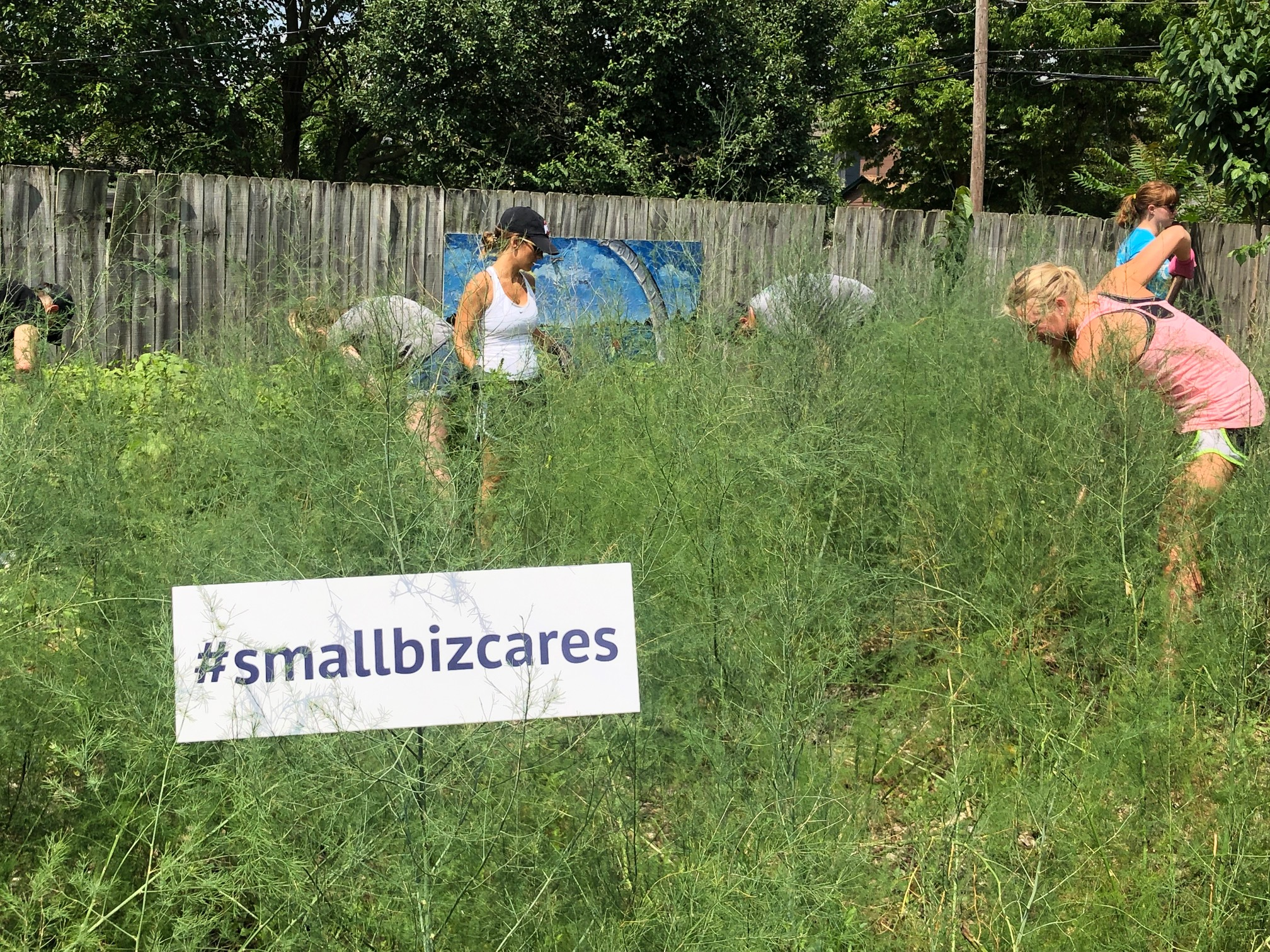 Small Biz Cares Columbus Ohio nonprofit volunteering in Columbus Ohio